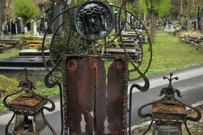 cemiteriodeolsany-05