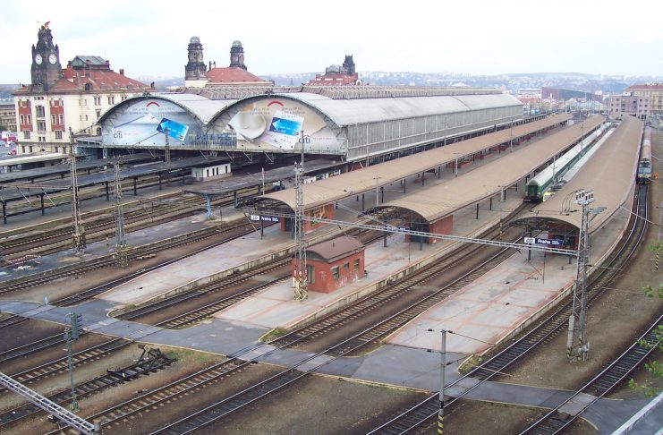 Hlavni Nadrazi - A estação central de comboios