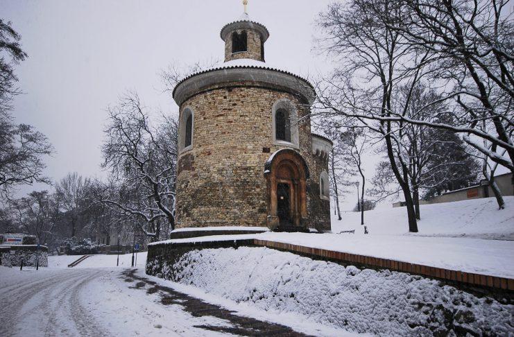 A Rotunda de São Martinho, em Vysehrad. Uma das edificações mais antigas da cidade.